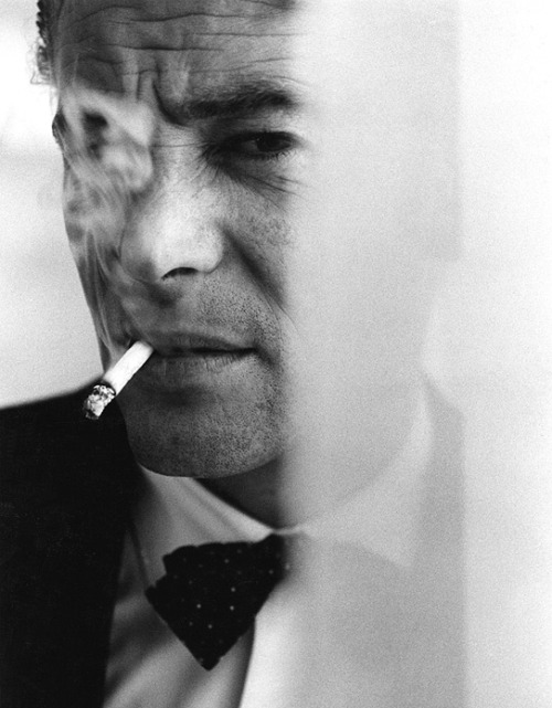 Bob Willoughby: Peter O'Toole Smoking A Cigarette At The Beverly Hills Hotel/1962/