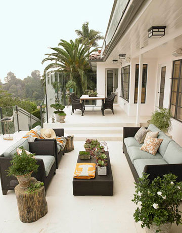Outdoor space to die for!