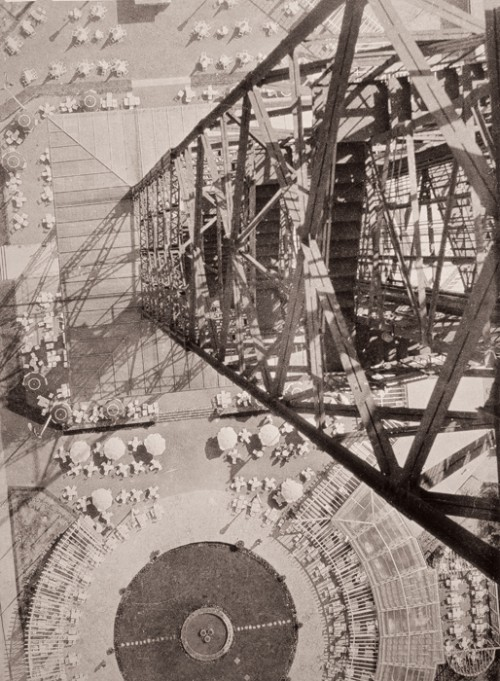 quincampoix:  László Moholy-Nagy, View from the radio station tower, Berlin, ca. 1928