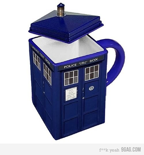 doctordolma:  The TARDIS mug I want it I need it …