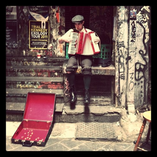 theunspectacularthings:  music in the alleys #Melbourne  (Taken with instagram)