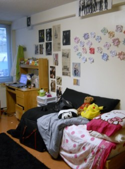 I havnt been posting alot latley cuz ive been at college, check out my dorm :p hello kitty sheets and origami :) i had fun decorating it, but srsly ive been so stressed latley so much work =_= but i kno its worth it! even tho i spent a gazzilion hours redraping this bodice i managed to improve my skills so im content! picked up smoking agen tho :( so bad! on the bright side i made so many friends :) 행복!!!! oh yea and my korean is getting better :D