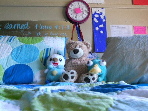emilythesupergirl:  Our dorm room mascots! Reppin' Pokemon, childhood and Phineas & Ferb. We're winners like that.  Mine: Oschawatt, Teddy Cassie: Perry