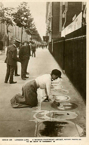 edwardianera:  Postcard view of woman pavement artist, Kingsway, London, WC2, UK, circa 1910