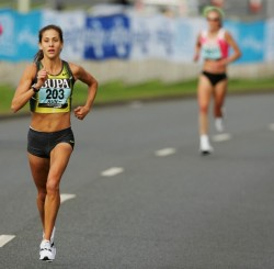 """Eat my dust!"" damnshesfit:   Kara Goucher"