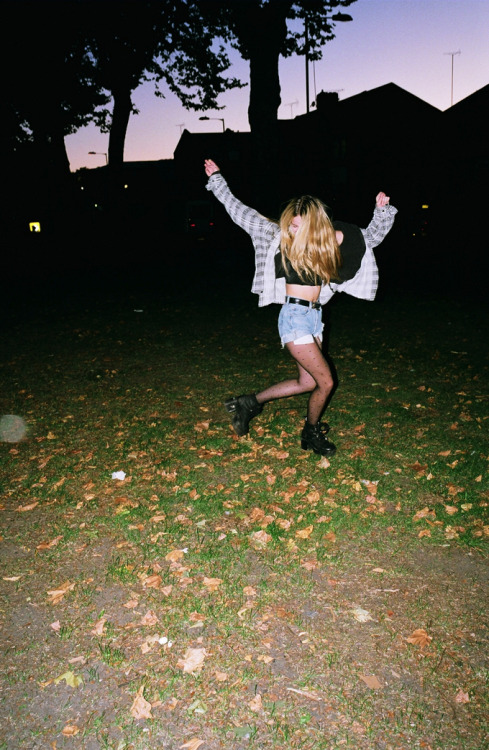 -SOFT GRUNGE/DISPOSABLE BLOG-
