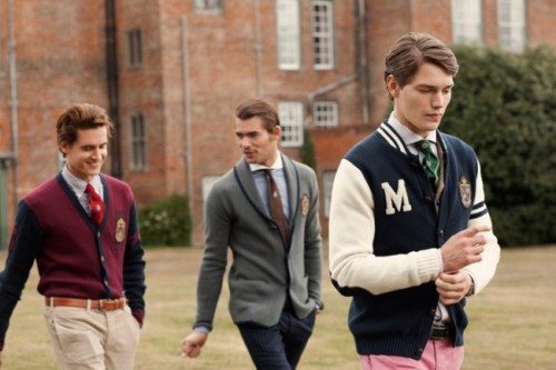 lemonadeandivy:  varsity men on campus.