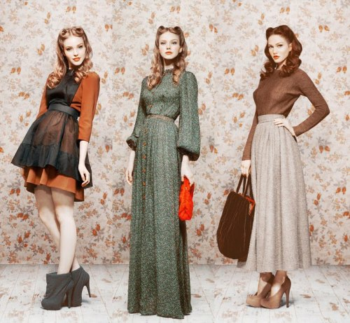 cometvintage:  WE LOVE IT ALL TOO! couturecourier:  Fall/Winter 2011: Ulyana Sergeenko: I really love the look of this collection. The hair and makeup go so well with the clothes!