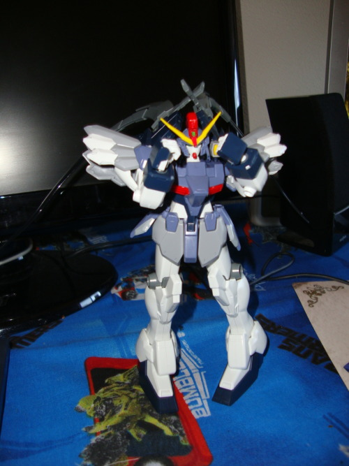 #sandrock Custom #gunpla Just build this baby, it's soooo cute! I love it! Can't wait to build more. Gaplant, and Geass Nightmare on my list of next models to build. Oh and my tiny Zaku.