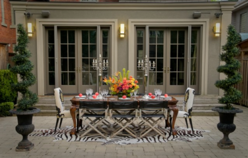 Such a gorgeous outdoor dining room designed by Lucid Interior Design