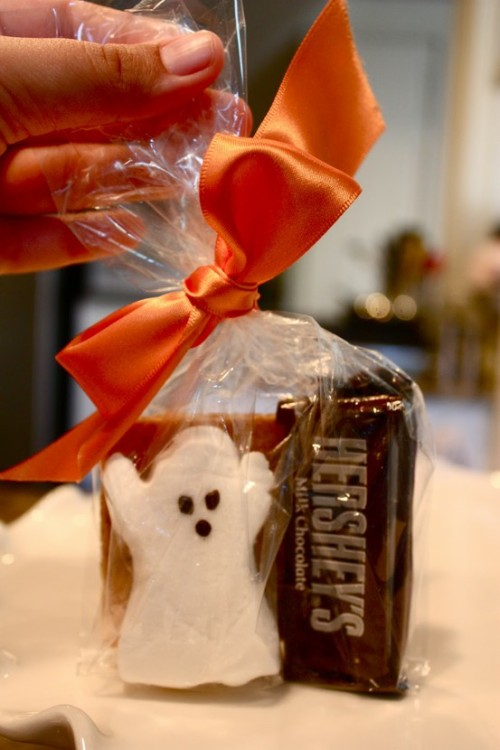 s'mores goodie bags with halloween peeps