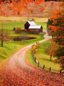 bluepueblo:  Sleepy Hollow Farm, Woodstock, Vermont  photo via weheartit
