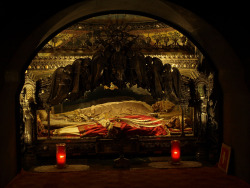 wolfmantooth:  Tomb of St. Ambrose, his skeleton has been on display since his death in 374 A.D.