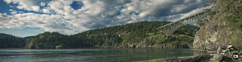deception pass near oak harbour, WA  don't stare at that tiny thing! click the image to view it at an appreciable size.