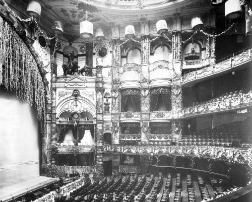 archimaps:  Inside the London Coliseum in 1919