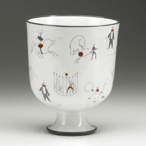 "auctionguide:  GIO PONTIRICHARD GINORIGlazed porcelain vase, ""Il Circo,"" 1920s Rago Arts, Modern Design, New Jersey, Oct 2nd"