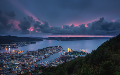 """Bergen Harbour"" by TheFella Photography"