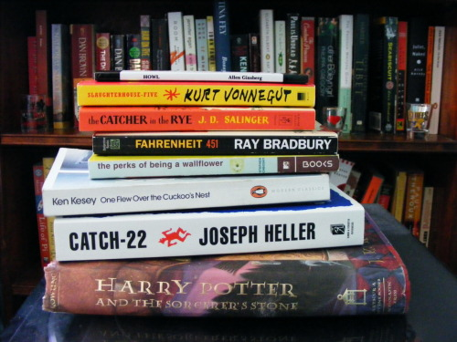 foxinthesnow90:  Happy Banned Books Week!  God I love seeing Harry Potter in this pile. #rebel