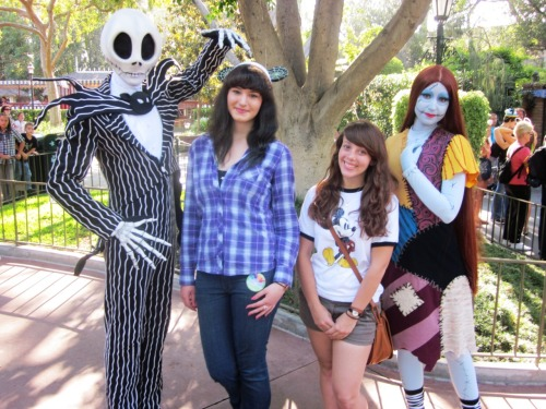 mscaitlynsmith:  Emma & I with Jack & Sally!  Your shirt!