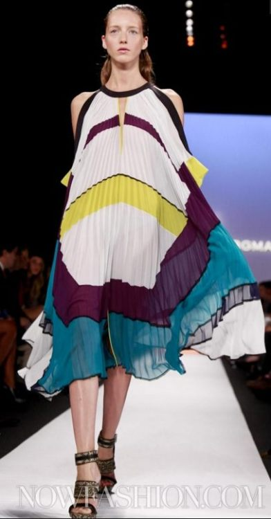 fashiondailymag:  fdm LOVES: neon blocks [BCBG spring 2012 MBFW ]