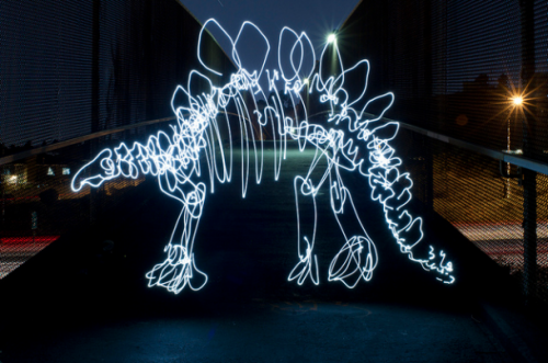 Dinosaurs painted with light by Darren Pearson (via Ufunk.net)