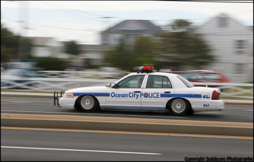 merksteezy:  lmfao even the cops at h20i are low :O