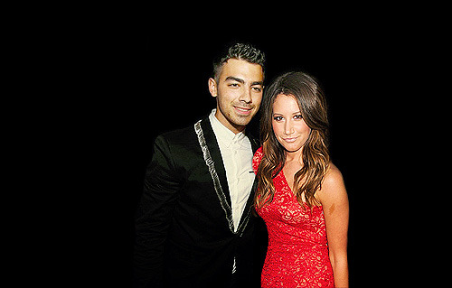 Crackship: Joe Jonas & Ashley Tisdale (Requested by Anonymous)