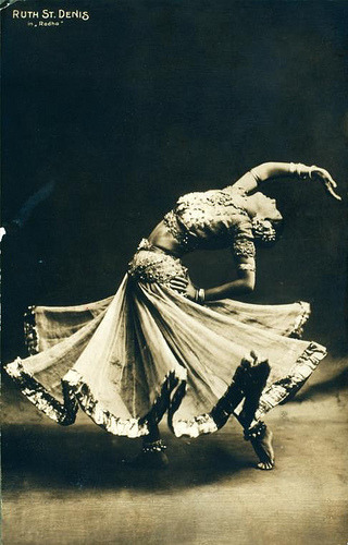 dancebellydance:  Ruth St. Denis in Radha. /