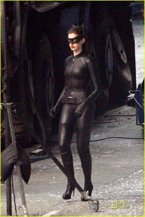 the-catwoman:  Anne Hathaway as Catwoman.