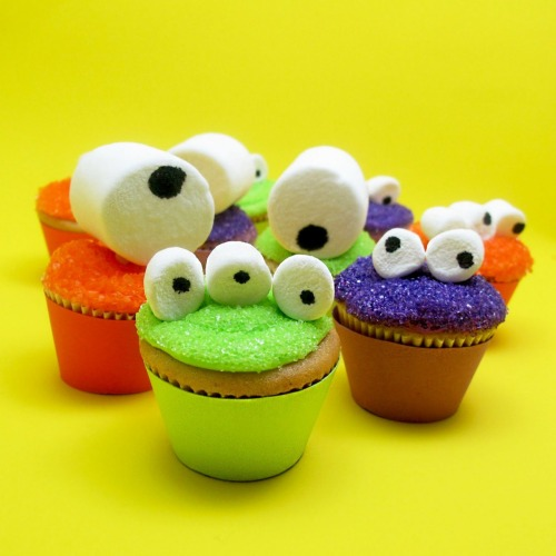 bakeddd:  mini cupcake monsters click here for recipe  !!!!!!!!!!!