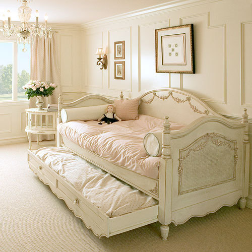 I would like this room, please, and a gold locket and some candles and the my-daddy-is-watching-over-me teddy bear, and hot chocolate and then a pretty, girly, warm nightgown and to be tucked in by David. and he can sleep in the trundle bed.