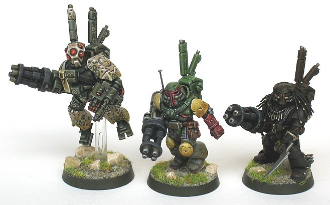 Wow. Stealth Tau, mixed up with Boba Fett and Predator!!! bighatdino:  ManU is also responsible for these amazing stealth Tau…