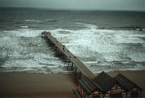 b1ackboy:  Saltburn-by-the-Sea, UK (by thefatcat.lv)