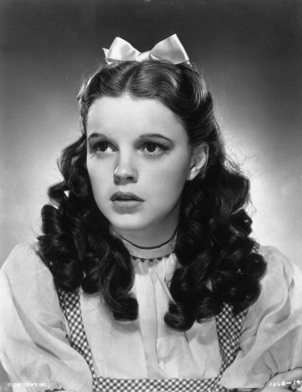 suicideblonde:  Judy Garland in The Wizard of Oz