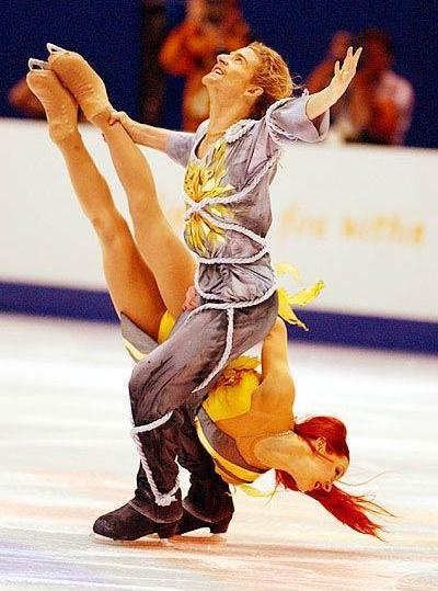 beautiful-shapes:  Anissina & Peizerat, 2002 Olympics Libertas