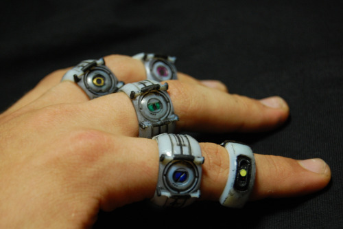insanelygaming:  Portal rings. (via superpunch2)   WHAT IS THIS FUCKERY. give me.