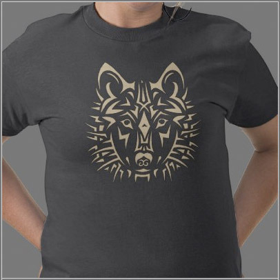 Tribal tattoo style Wolf T-shirt