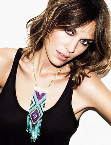 I love balayage and Alexa Chung. Why does she have such amazing hair? It's like she never has a bad hair day.
