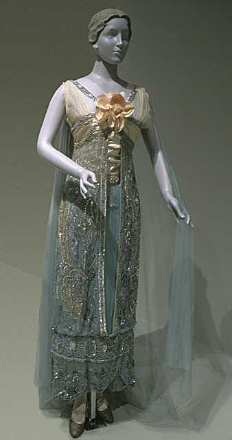 defunctfashion:  Evening Dress | Callot Soeurs| c. 1912