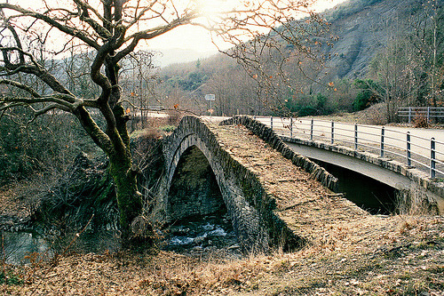 c0mets:  Bridge at Kalderousia (by dkilim)