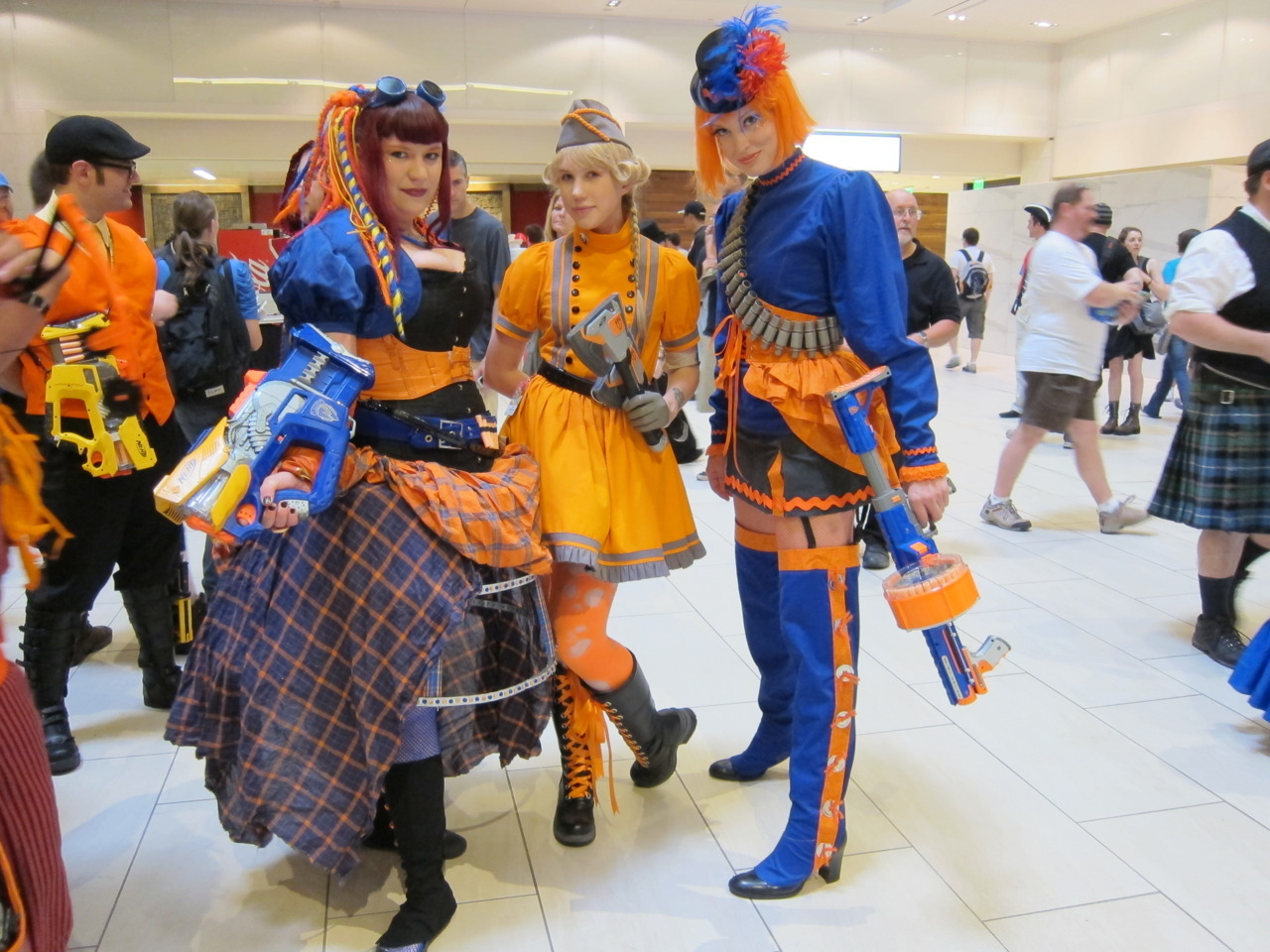 beyond-the-brown:  the-senator:  Nerfpunk ladies. (Dragon*Con 2011)  Bright shiny people