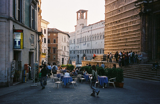 | ♕ |  a little piazza caffe in Perugia  | by © ChrisYunker | via ysvoice