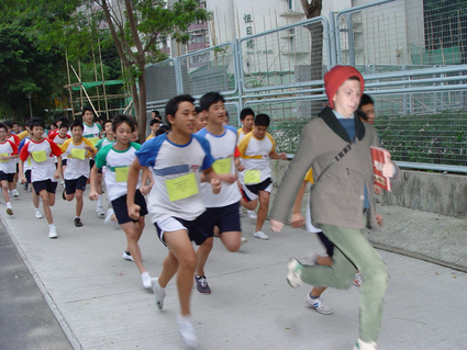 michaelceradoingthings:  Michael Cera takes the lead during a marathon in Beijing