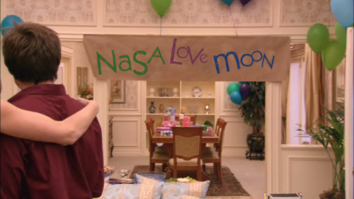 spaceandstuffidk:  And then I did this. TAKE A LOOK AT BANNER, MOON.