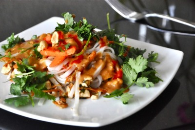 gastrogirl:  a spin on pad thai.