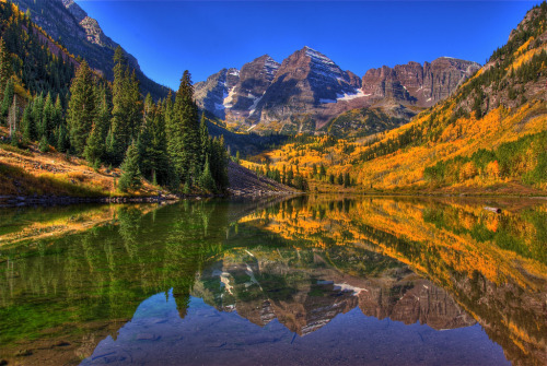 lenka-leaving:  Maroon Bells, Aspen, Colorado