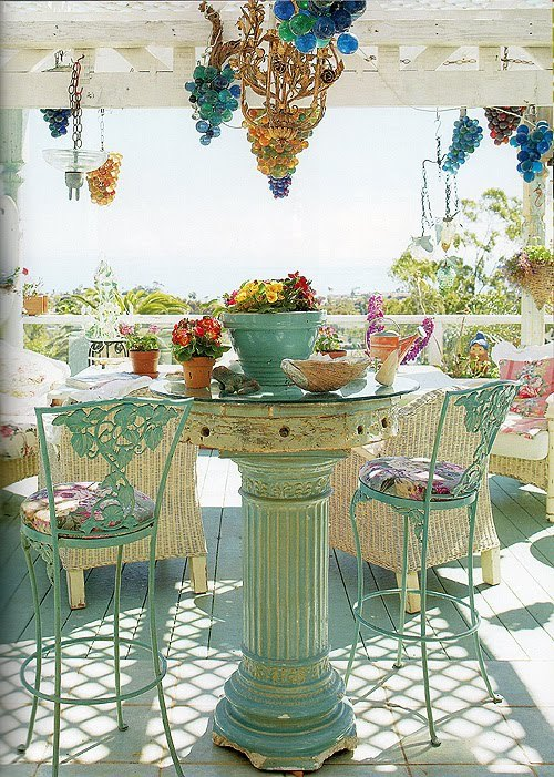 interiorstyledesign:  Beautiful, fresh turquoise outdoor dining (via Paris Hotel Boutique Journal: Romantic Homes)