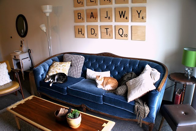 modcloth:  DIY of the day! We love these huge Scrabble tiles! (via insideways: White Box Challenge Reveal: Living Room!)