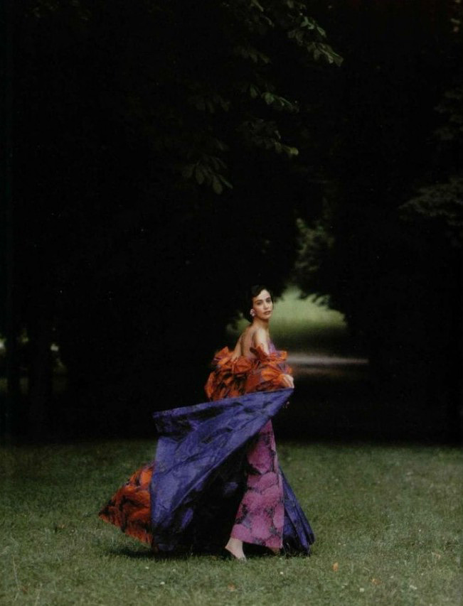 maliciousglamour:  Nina Ricci, Fall/Winter 1988  This is on my lust list!