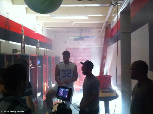 funnyordie:  FOD Behind the Scenes Blake Griffin (Funny Or Die intern/basketball superstar) has a laugh with Nick (FOD writer/director) on the set of the Lil' Blake video. Someone who reblogs this wins a copy of the script signed by Blake!
